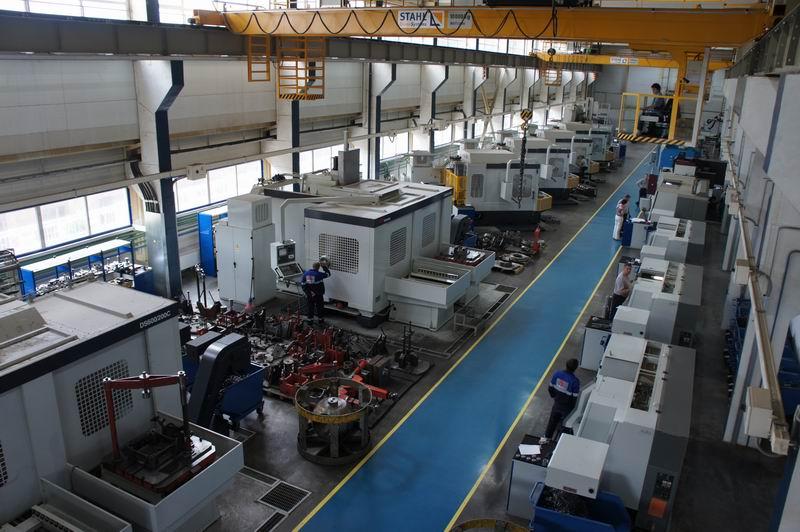 Зао тяжпромарматура (алексинский завод тяжелой промышленной арматуры) - одно из крупнейших и старейших предприятий