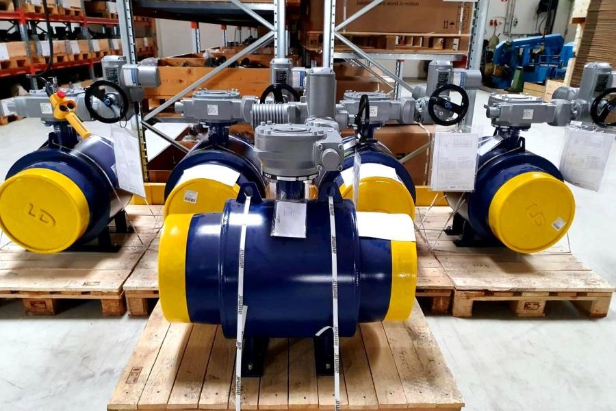 В LD продолжаются поставки трубопроводной арматуры заказчикам