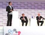 Дмитрий Медведев посетил стенд ТМК на выставке ИННОПРОМ