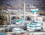 На ЗапСибНефтехиме монтируют четыре резервуара отечественного производства