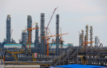 «ЗапСибНефтехим» заключили в августе 181 контракт с 82 российскими предприятиями