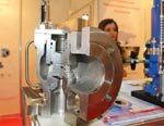LESER. Интервью с М.Бурдом: Мы начали разрабатывать криогенную арматуру, рассчитанную на температуры до -196 градусов. И разработка, и тестирование происходит в Гамбурге, на нашем основном производстве